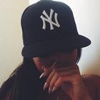 B. ❤️