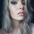 Nezy Almeida