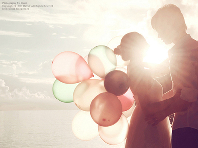 Ballons-bright-couples-night-photo-scenery-favim.com-54389_large