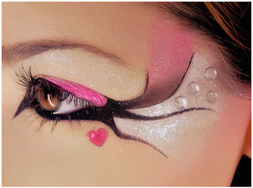 Black-eyeliner-creative-decoration-eye-eye-liner-eye-make-up-favim.com-56229_large