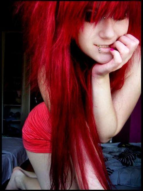 Red Scene Hair http://weheartit.com/entry/10183268