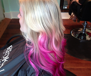 hair pink blond ombre