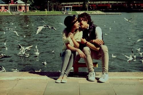 Love,couple,love,shore,beautiful,cute,geek-ae2ad08bead55acb5d3394a88ba0a925_h_large