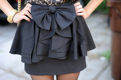 Bow-girl-legs-skinny-skirt-favim.com-41176_large