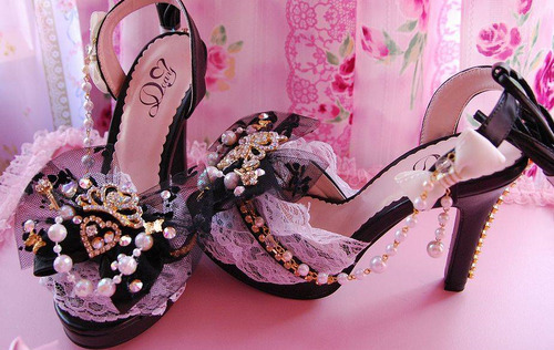 Bows-cute-heels-lace-pink-shoes-favim.com-62277_large