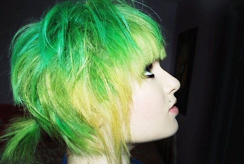 Green-hair-piercing-scene-scene-girl-yellow-hair-favim.com-45118_large