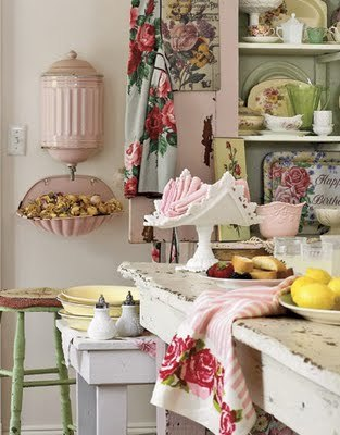 Kitchen-shabby-pink-green-htourss05_large