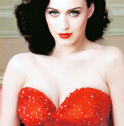 http://data.whicdn.com/images/10383163/Katy+Perry+Vanity+Fair+Scan+PNG_large.png?1307032543