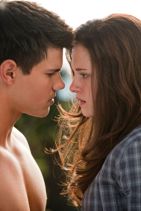 Bella-eclipse-jacob-kristen-taylor-twilight-favim.com-60161_large