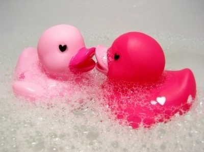 Bath-bubble-bath-bubbles-cute-love-pink-favim.com-61183_large