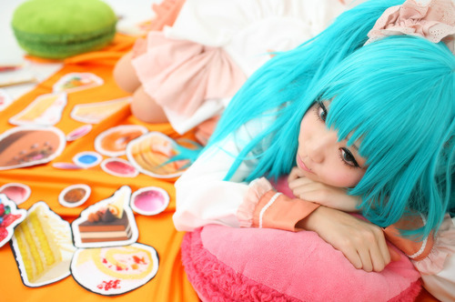 Blue-colorful-hair-cosplay-girl-hair-japan-favim.com-65462_large