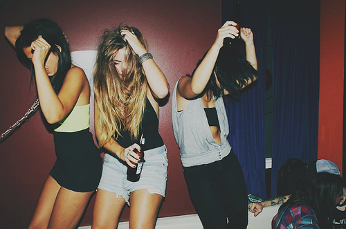 Dance-drank-drink-drunk-girls-party-favim.com-44343_large