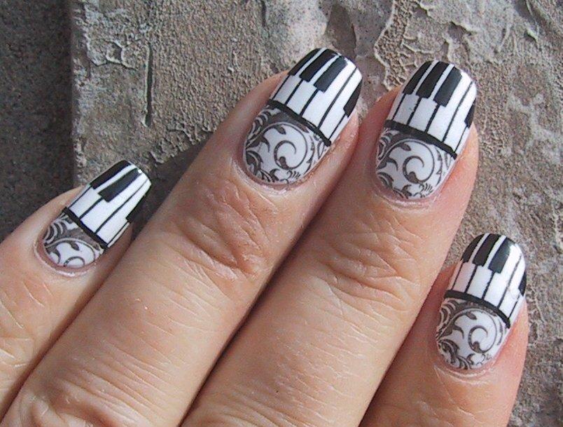 Group of Cool Nails Art Piano
