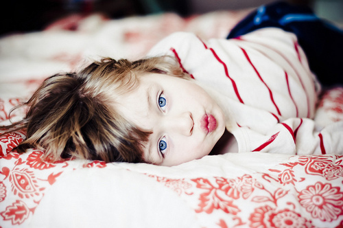Baby-blue-eyes-girl-pretty-child-red-favim.com-52566_large