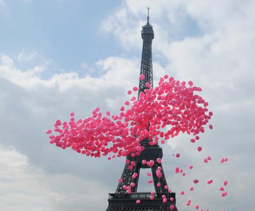 Baloons-eiffel-tower-paris-pink-que-foto-linda-torre-eiffel-favim.com-65518_large