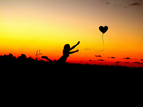 Balloon-cute-girl-heart-love-shadow-favim.com-75018_large