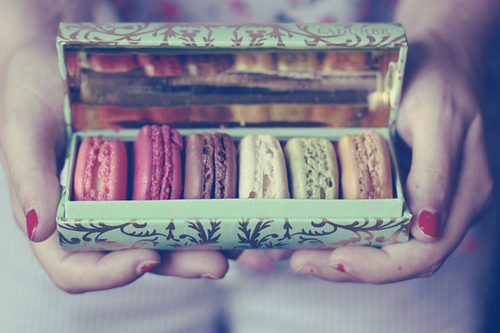 Cute-food-laduree-macaroons-pretty-favim.com-61620_large