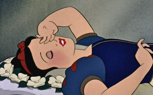 Cute-disney-sleep-snow-white-wake-up-favim.com-49326_large