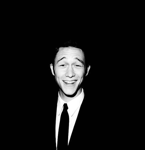 Jgl-joseph-gordon-levitt-15217200-500-516_large