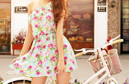 Dress-fashion-floral-flowers-style-favim.com-77641_large