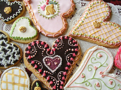 Cookies-cute-food-heart-sweet-favim.com-73966_large