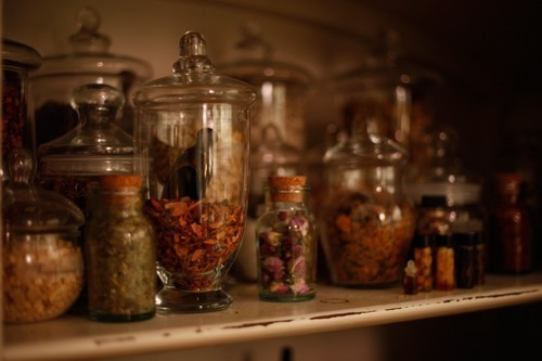Queen of Pentacles Conjure & Witchery Blog: Starting a Magical Apothecary At Home