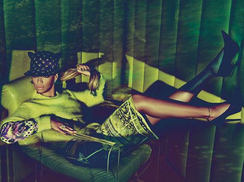 Beyonce-w-magazine-3_large