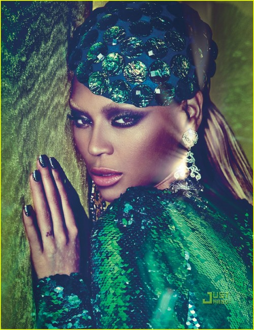 Beyonce-w-magazine-july-2011-04_large