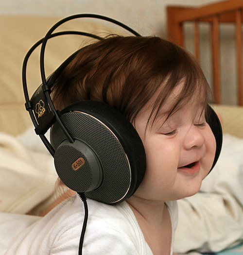 Jovens e música alta