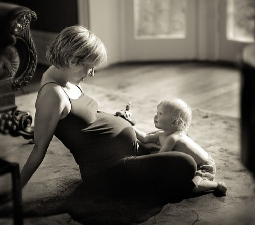 Baby-beauty-black-and-white-calm-child-cuteness-favim.com-38948_large