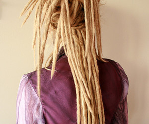 dread locks girl
