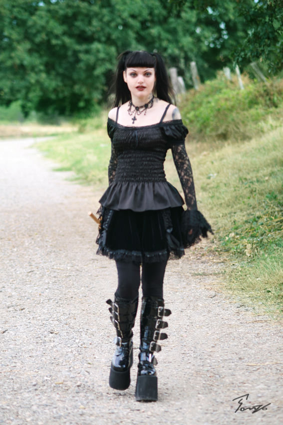 the goth girl from ncis nude