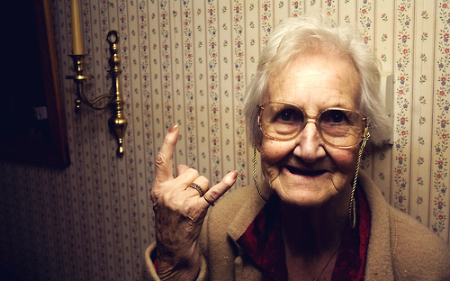 Adorable-old-lady-rock-rock-and-roll-senior-favim.com-79167_large