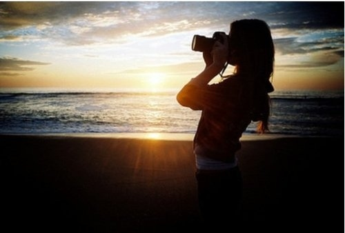beach camera girl light photography summer inspiring beach camera 500x338