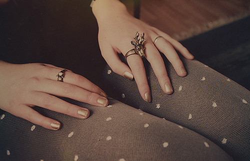 Hands,jewellery,gold,rings-941ecbfa9712aaba5000dde9b6a033f6_h_large