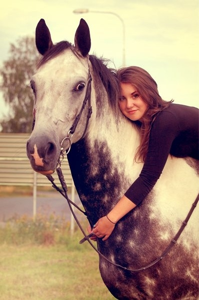 Beautiful-fairytale-girl-horse-sweden-favim.com-86532_large