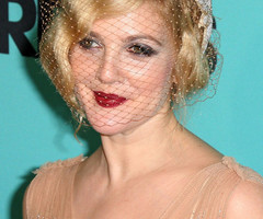 Drew Barrymore Finger Wave - Drew Barrymore Short Hairstyles - StyleBistro