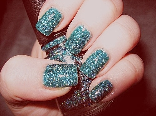 Awesomeness-fashion-glitter-nails-sparkles-favim.com-87671_large