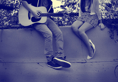 Boy-couple-girl-guitar-love-wall-favim.com-44706_large