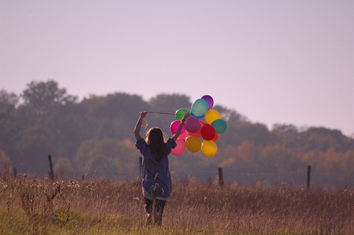 Ballons-beautiful-field-girl-hair-landscape-favim.com-90168_large