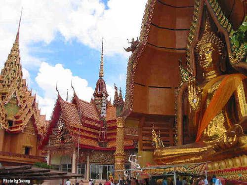 Thailand-buddha-temple_large