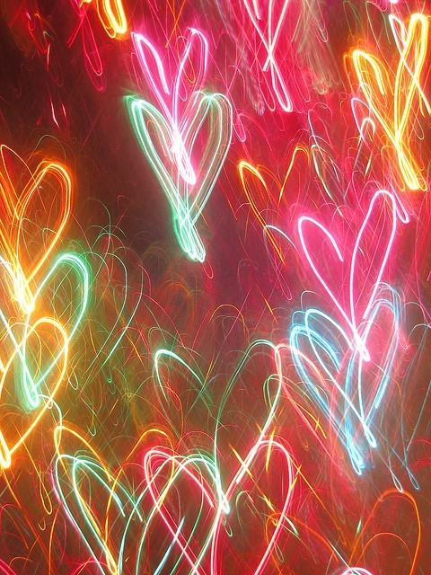 Light-painted-hearts-110515-480-640_large