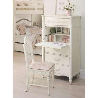 Shabby Chic Desk On Heart A At Which To Write