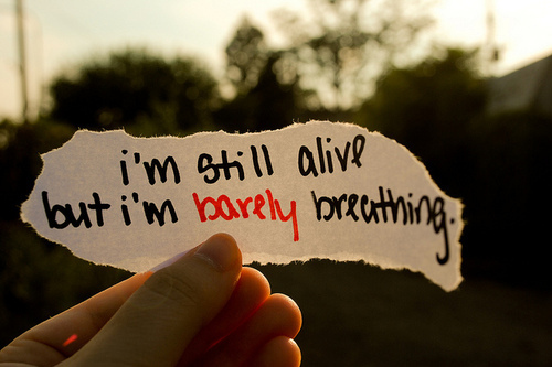 Alive-barely-breathing-lyrics-music-paper-quote-favim.com-94239_large