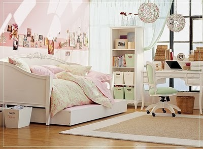 Bedroom-idea-for-girls-teenager-pale-rose-pink-pretty-decor-space-saver-design-craft-corner-study-table-idea-inspiration_large