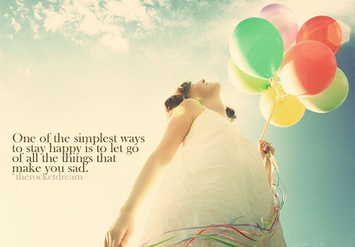 Balloons-girl-happy-sky-sunlight-text-favim.com-91047_large