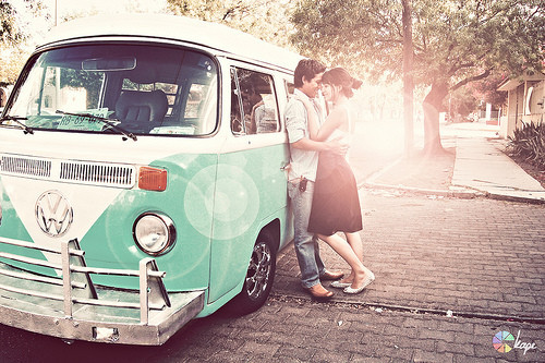 _couple,60s,car,love,vintage,vintage,car-342b4e8f0d1c88c071e7649e2bd69d64_h_large