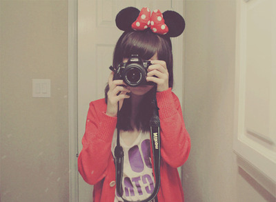 Camera-disney-girl-mickey-mouse-photography-red-favim.com-99773_large