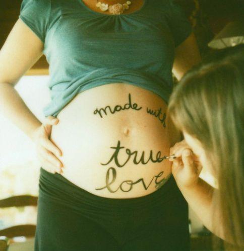 Her-daughter-lesbian-love-no-lesbian-pregnant-favim.com-44842_large