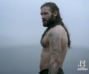 clive standen wife